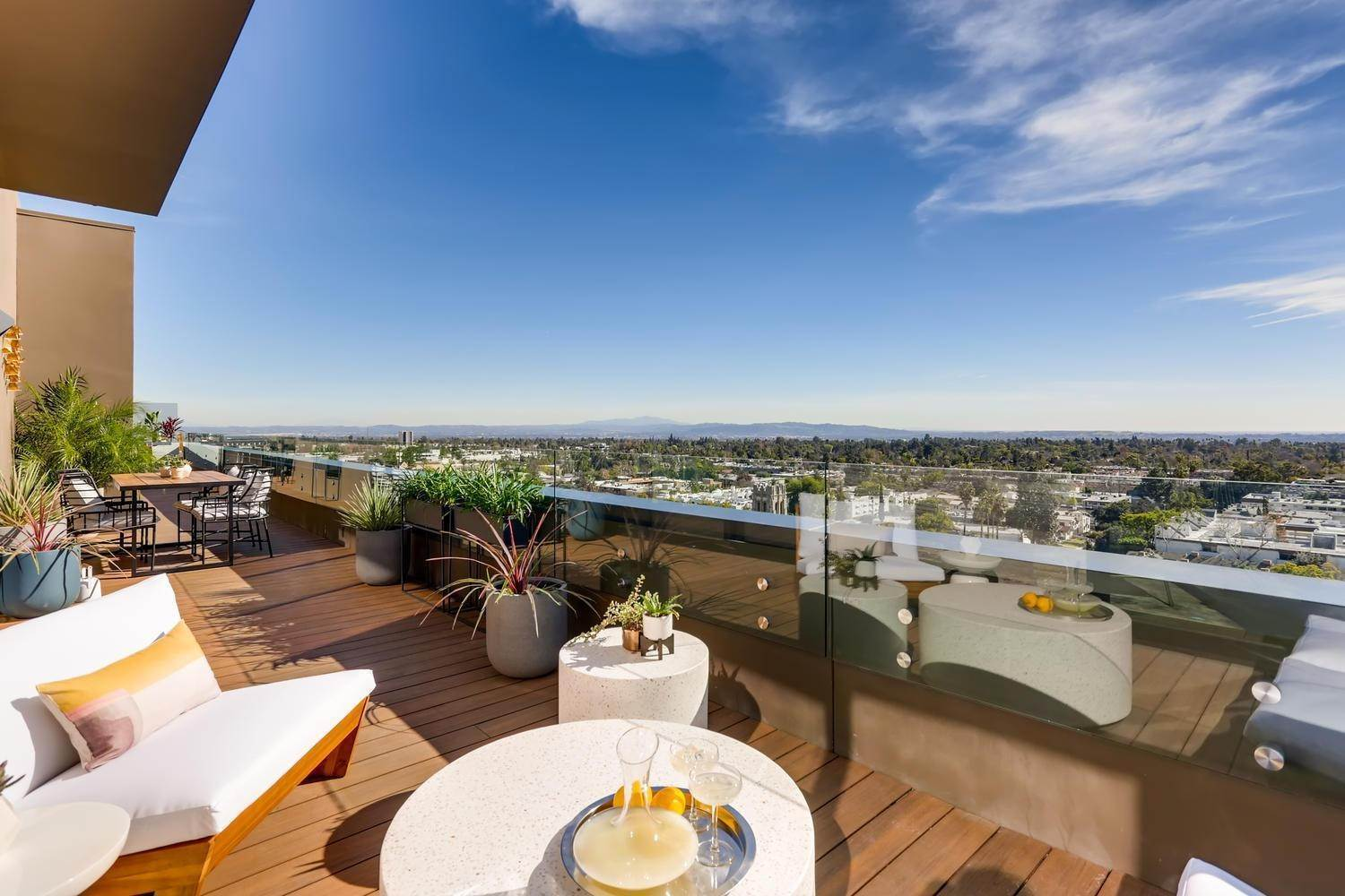 Multi Family for Sale at Penthouse 6 Unit Ph6 PASADENA, CALIFORNIA 91101 UNITED STATES
