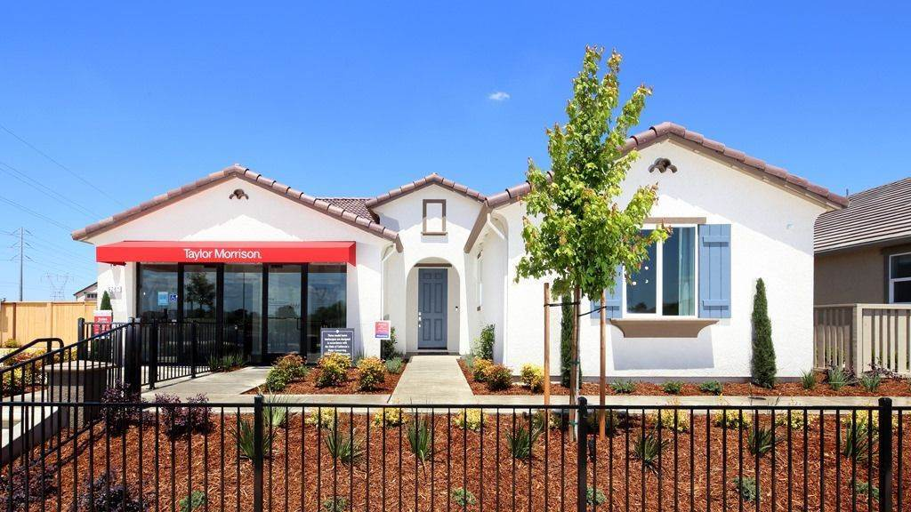 Single Family for Sale at Voyage Plan 4 Plan 9271 Wayne Heintz Street ELK GROVE, CALIFORNIA 95624 UNITED STATES