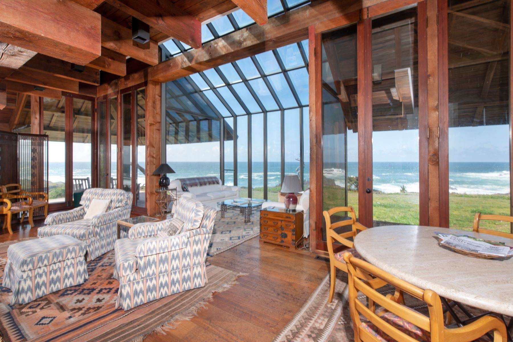 12. Single Family Homes for Sale at Whales Road House 45434 Indian Shoals Road Mendocino, California 95460 United States
