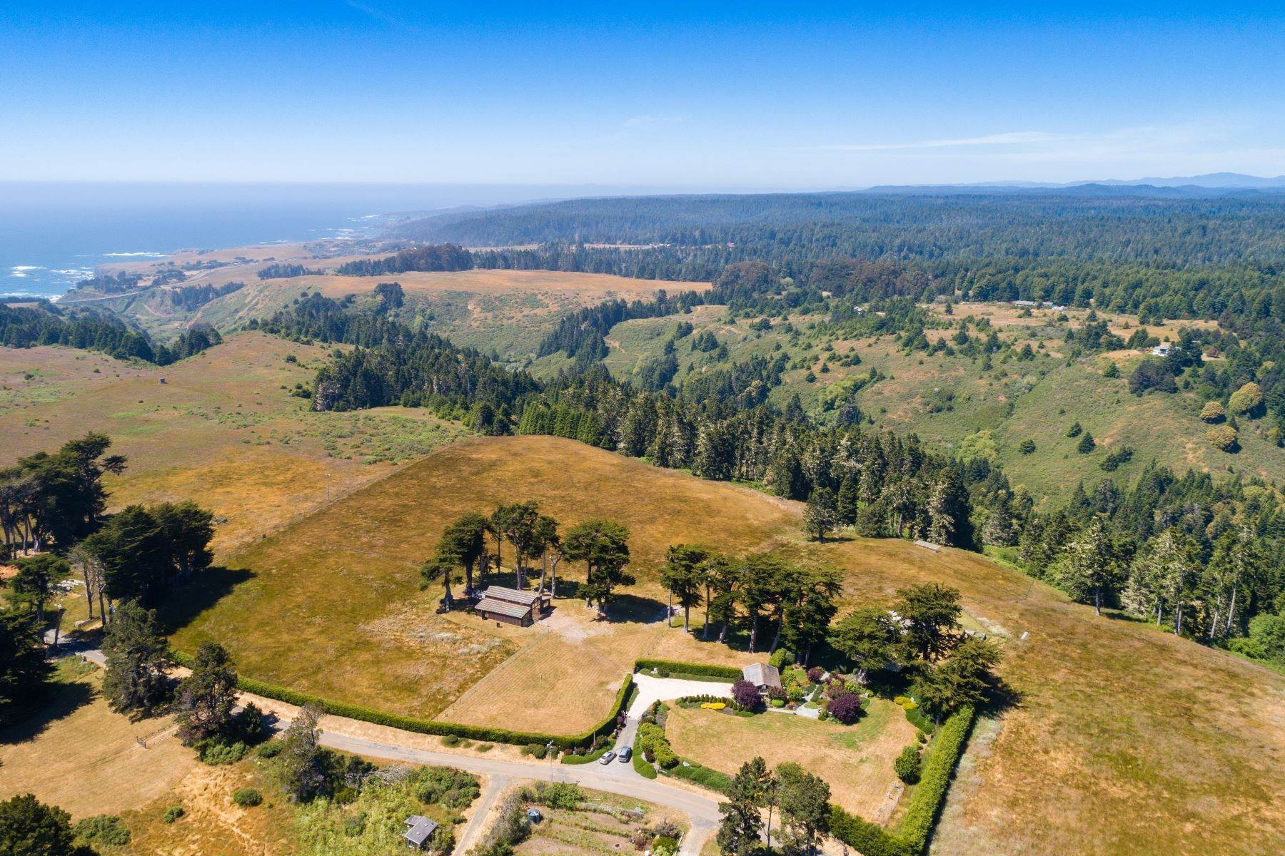 29. Farm and Ranch Properties por un Venta en Navarro Vista Farm 32550 Navarro Ridge Road Albion, California 95410 Estados Unidos